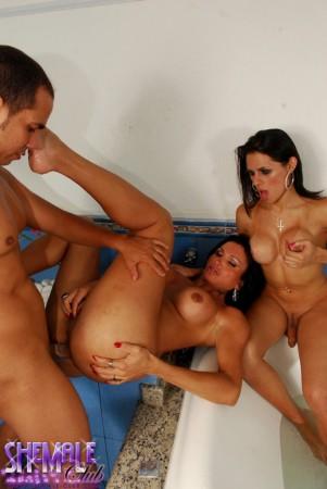 hot tranny threesome